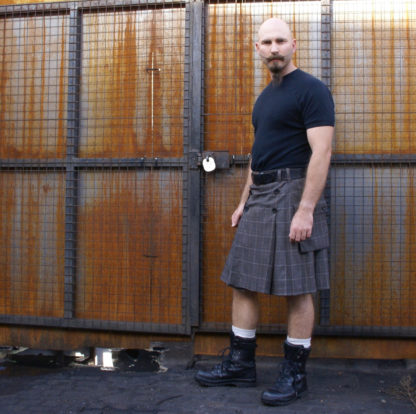 Brown Prince of Wales check button up kilt