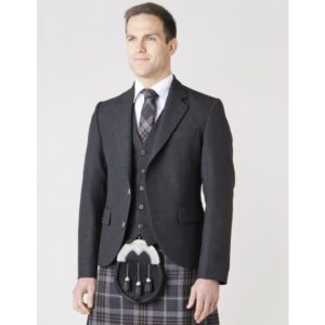 3df52d55497a5 From March 10th-18th, our friends at MacGregor and MacDuff are bringing an  exclusive, authentic Scottish kilt fitting experience to the heart of  London.